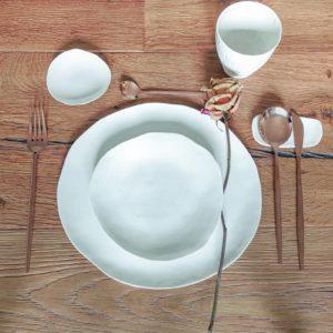 Service complet de vaisselle italienne design en porcelaine blanche
