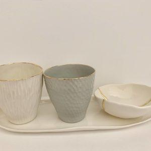 cup-en-porcelaine-blanche-ou-grise-lisere-or_002