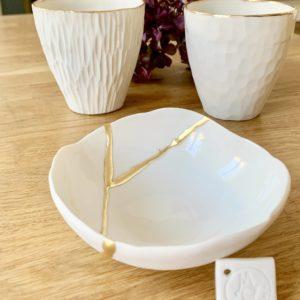 MIR15D-cups-en-porcelaine-blanche-ou-grise-lisere-or_006